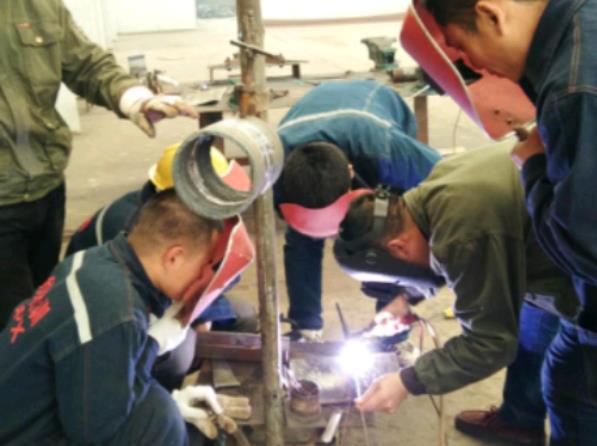 东莞哪里能办到电焊工上岗证,东莞哪里考电焊操作证包过